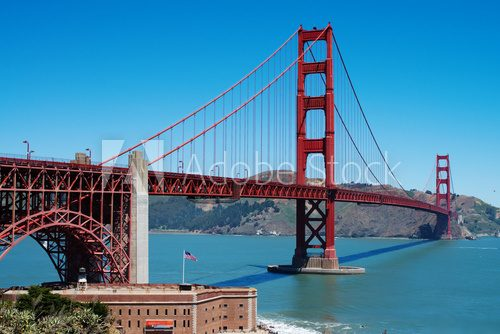 Golden Gate bridge in San-Francisco